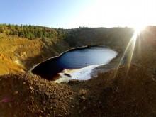 kokkinopezoula lake cyprus