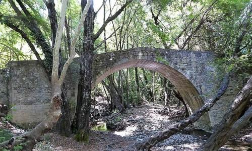 Gefiri tou Roudia (Roudia Venetian Bridge)