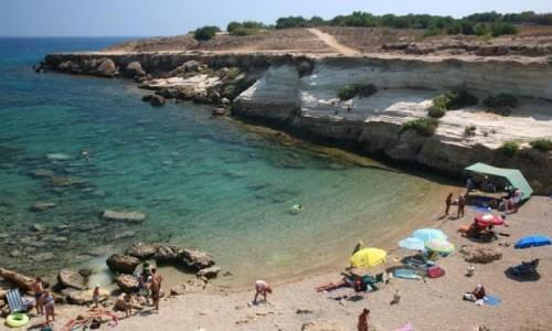 Pezounospylioi (Filias)  beach