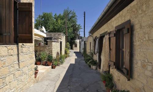 Skarinou village