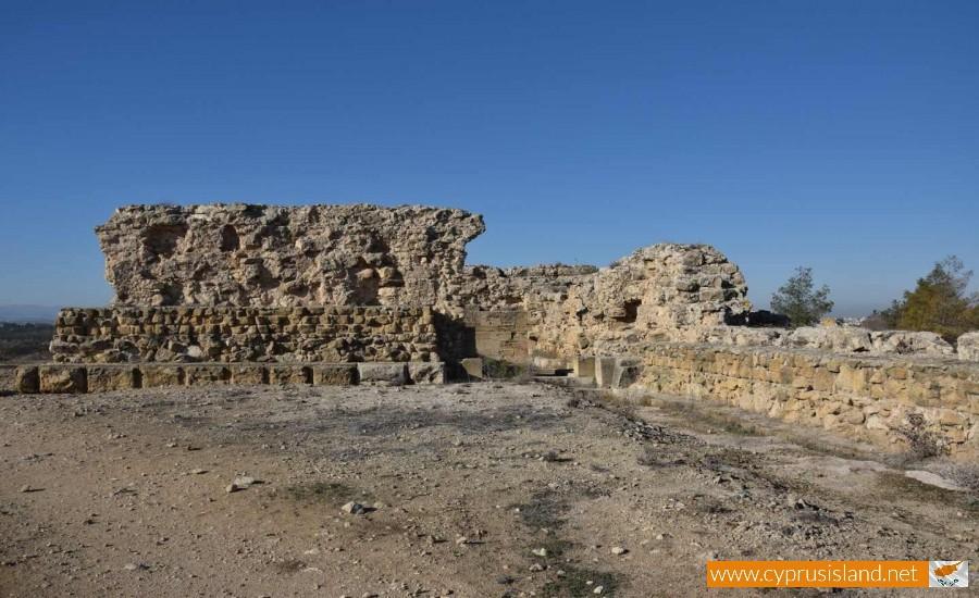 LaCava Medieval Castle Aronas