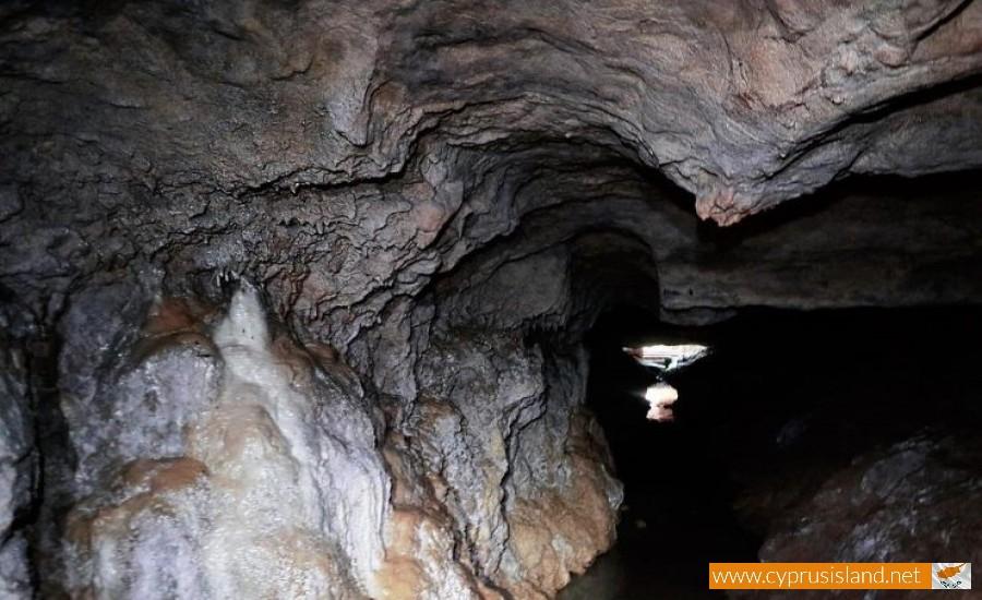 agiou lambrianou cave
