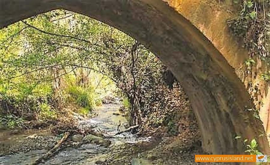 bridge of treis elies