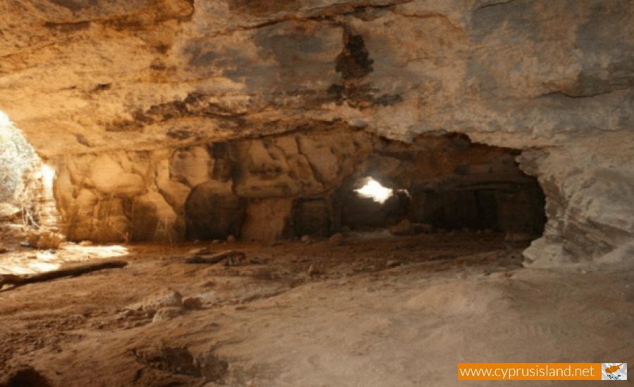 cyclops cave protaras