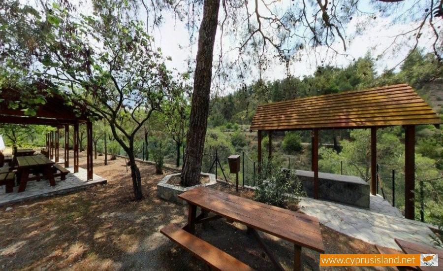 gefyri tis panagias picnic site