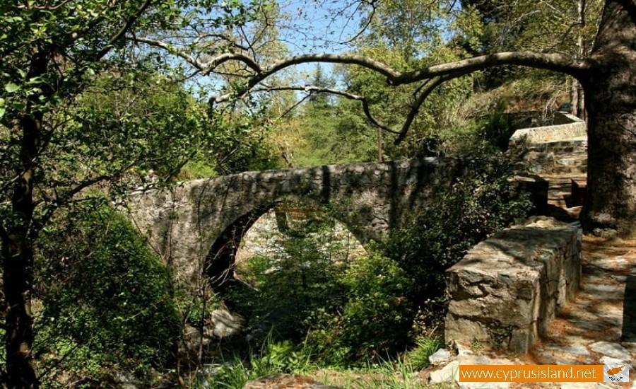 kalopanagiotis bridge