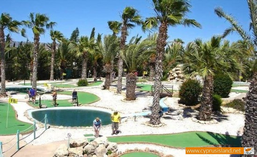 mini golf paphos