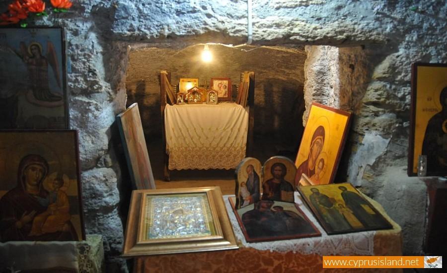 panagia faneromeni catacomb larnaca