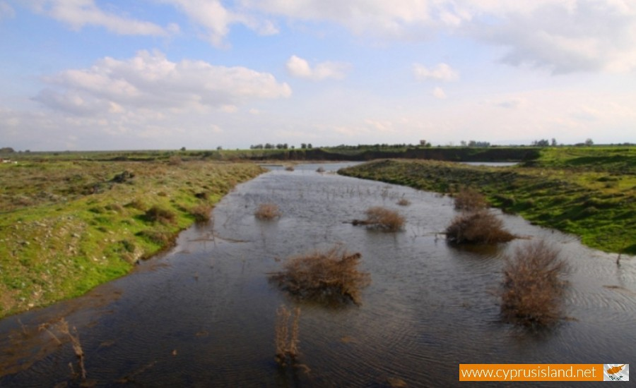 serrachis river cyprus