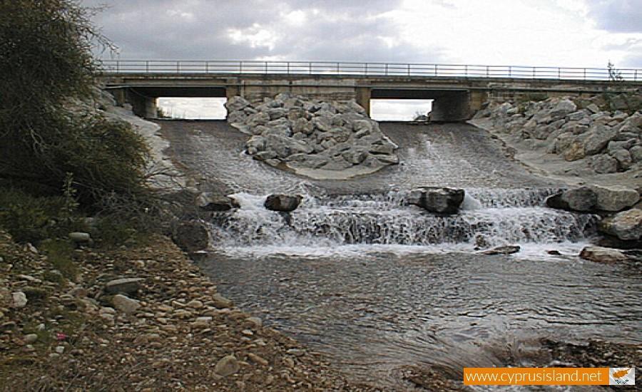 serrachis river