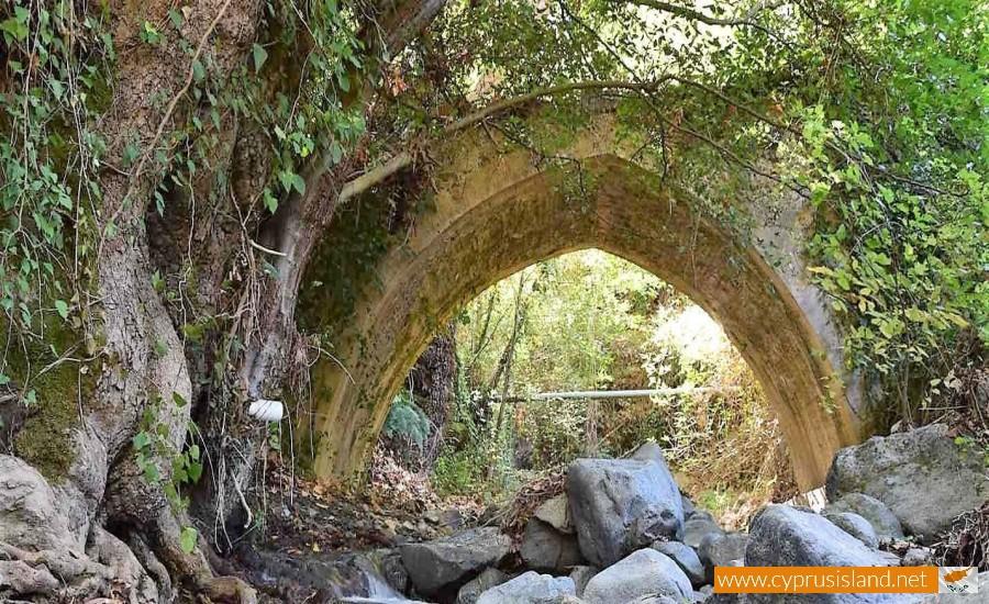 treis elies bridge