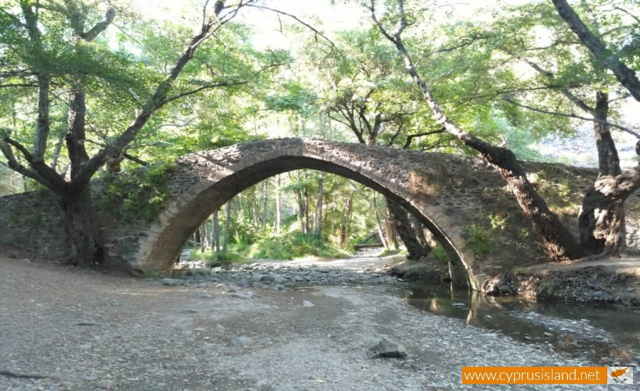 tzelefos bridge cyprus