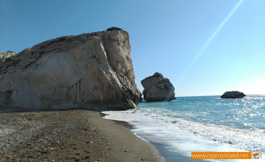 Aphrodite's Rock beach