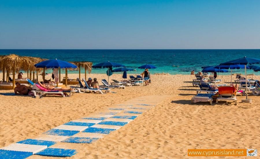 beach vyzakia cyprus