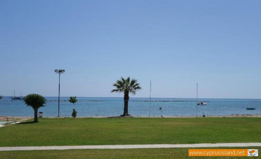 geroskipou beach paphos