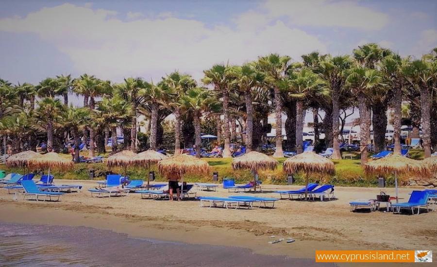 limassol parekklisia beach