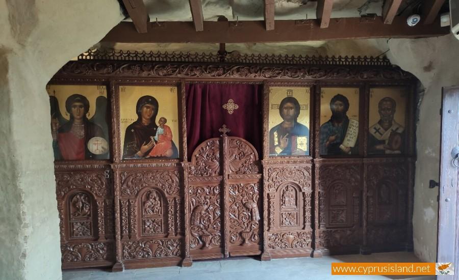 Panagia Chrysospiliotissa Church 11