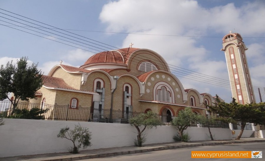 agion panton church deryneia