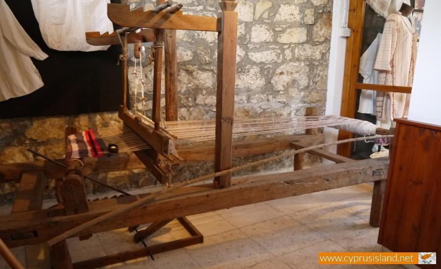weaving museum droushia