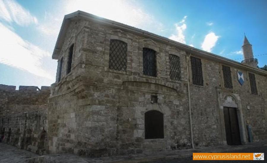 larnaca-museum1