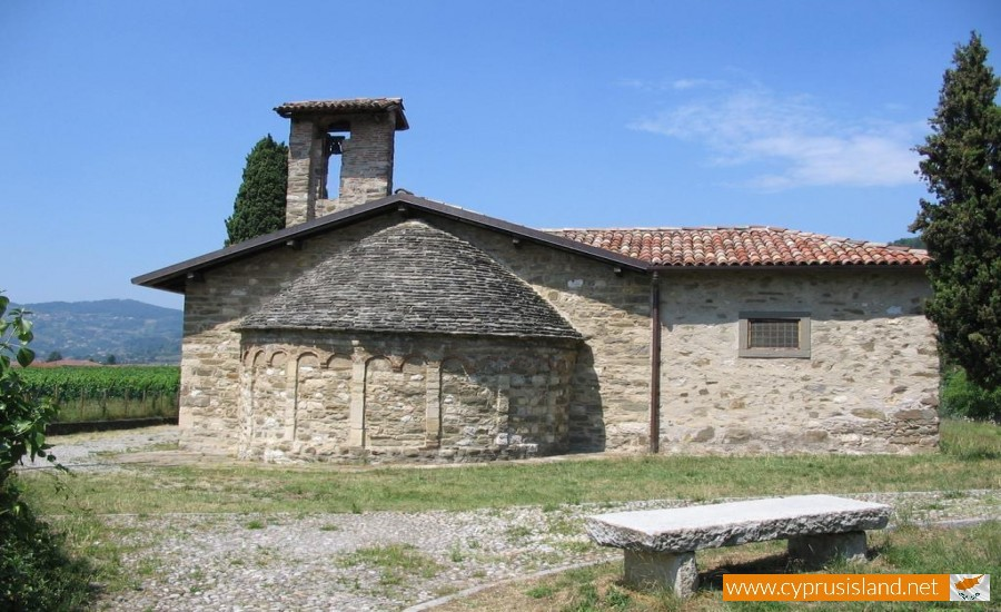 Agros Village