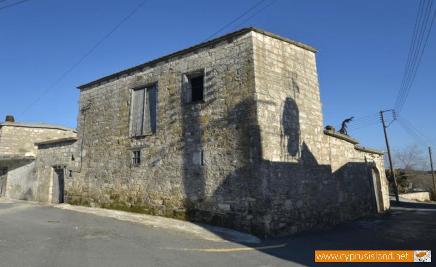 drynia village cyprus